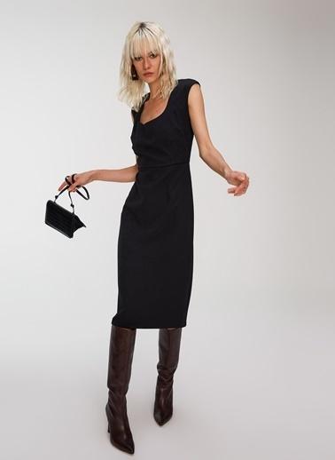People By Fabrika Yaka Detaylı Elbise Siyah